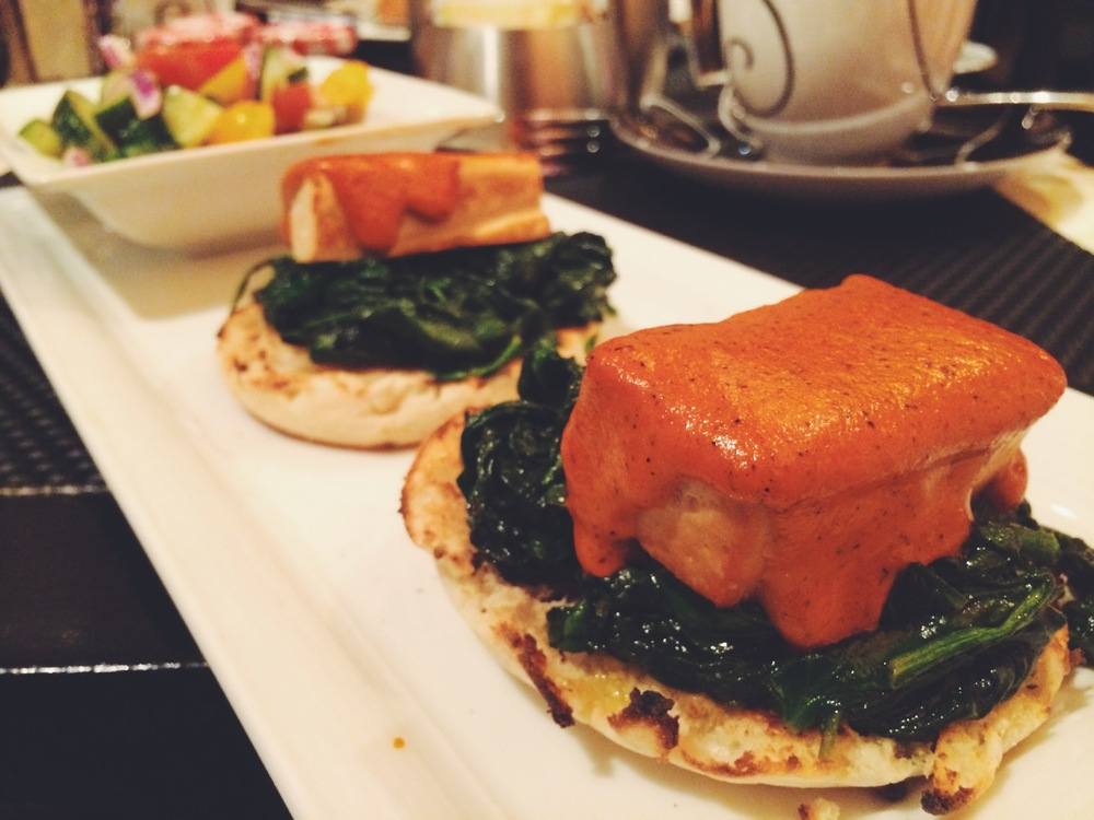 florentine benedict with tofu, spinach & romesco