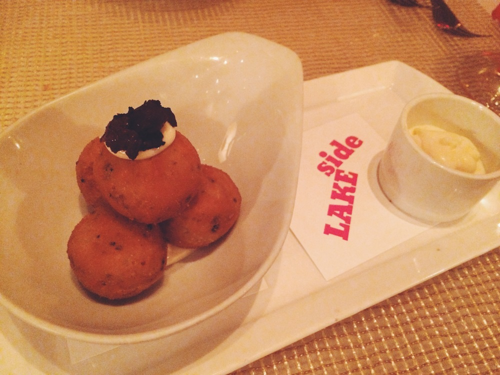 truffle arancini with garlic aioli
