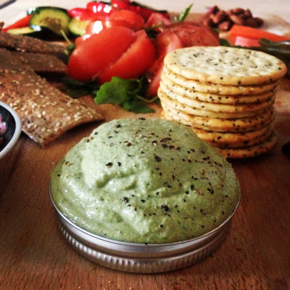 vegan walnut pesto | RECIPE on hotforfoodblog.com