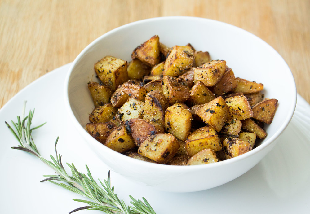 parmesan crusted garlic rosemary home fries #vegan #glutenfree | RECIPE on hotforfoodblog.com