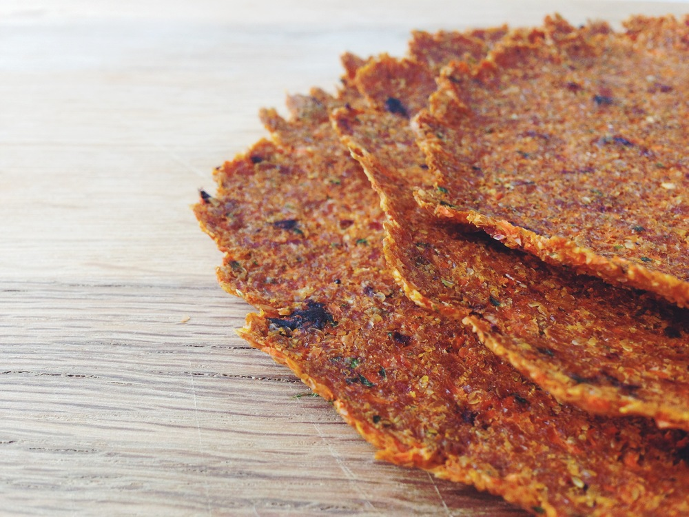 raw sun-dried tomato carrot flax wraps #vegan #raw #glutenfree | RECIPE on hotforfoodblog.com