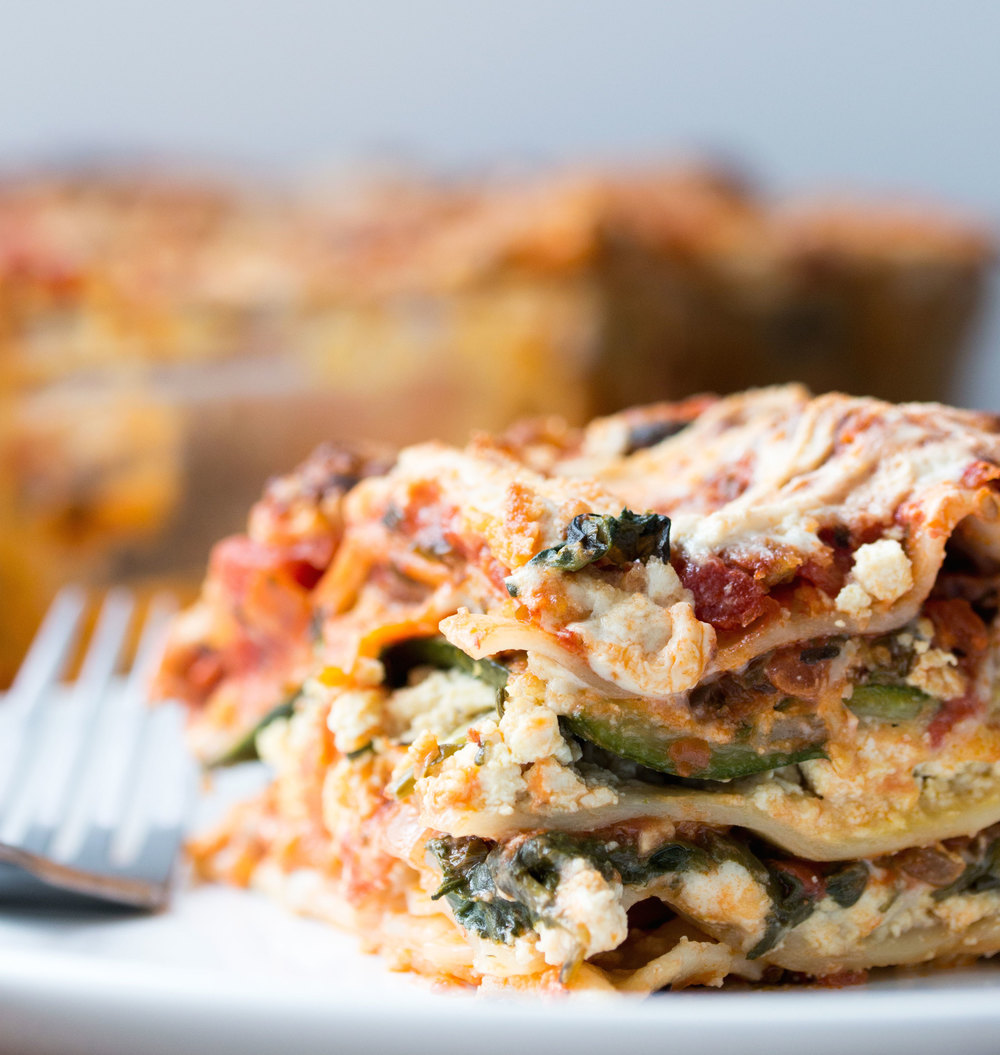 #vegan lasagna | RECIPE on hotforfoodblog.com