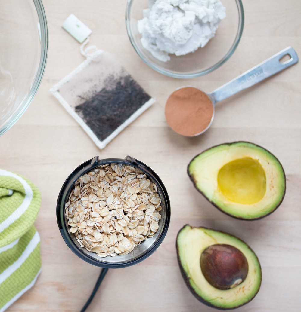 DIY: cacao avocado face mask | RECIPE on hotforfoodblog.com