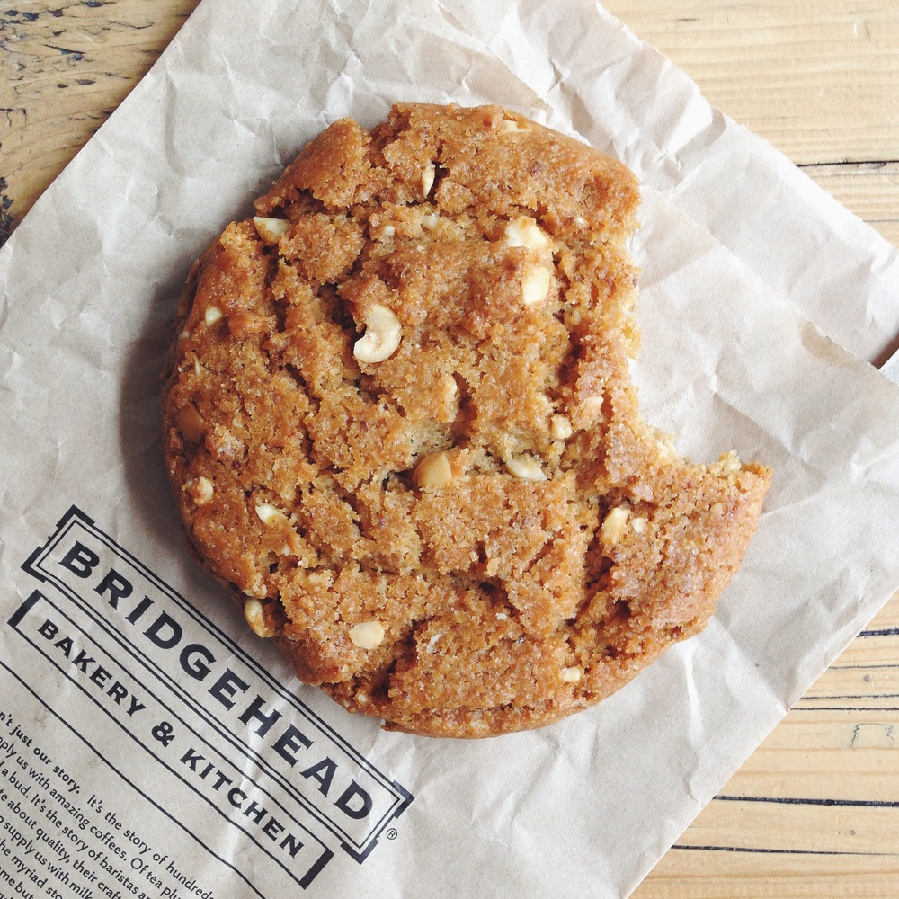 gluten free vegan peanut butter cookie