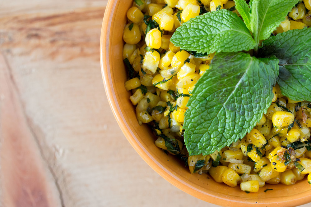 morcoccan mint corn #sidedish #vegan #glutenfree | RECIPE on hotforfoodblog.com