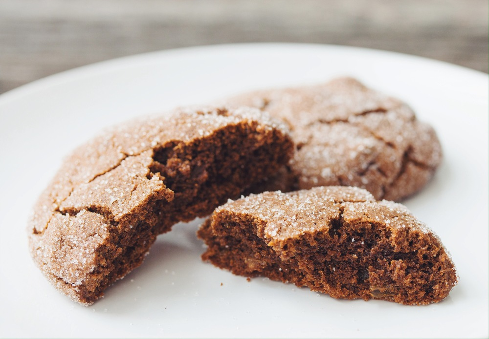 chewy ginger cookies #vegan | RECIPE on hotforfoodblog.com