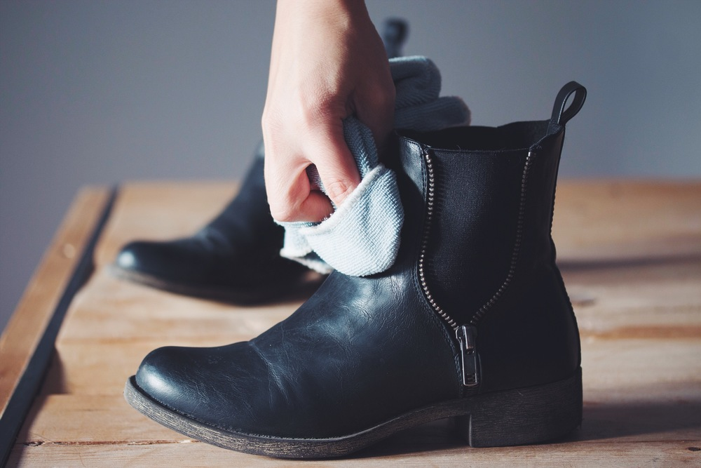 #vegan shoe care from sole survivor #toronto | on hotforfoodblog.com
