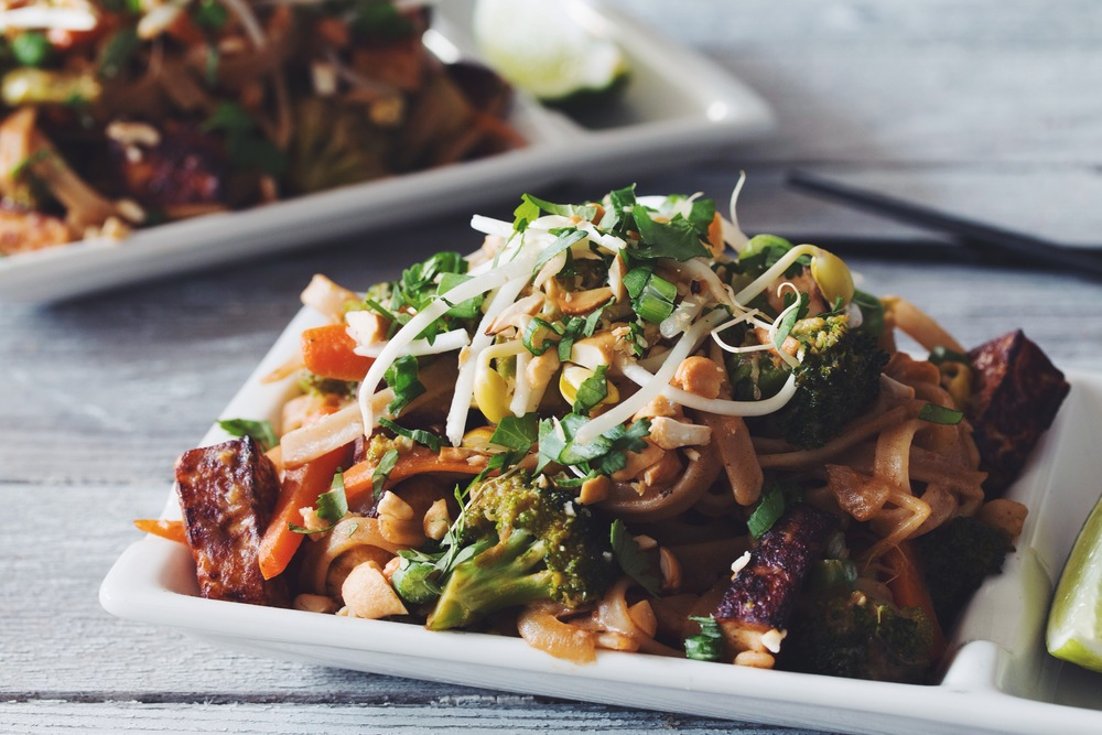 vegan pad thai_hot for food