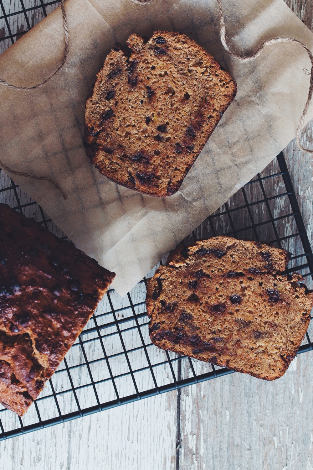 #vegan chocolate chip banana bread | RECIPE on hotforfoodblog.com
