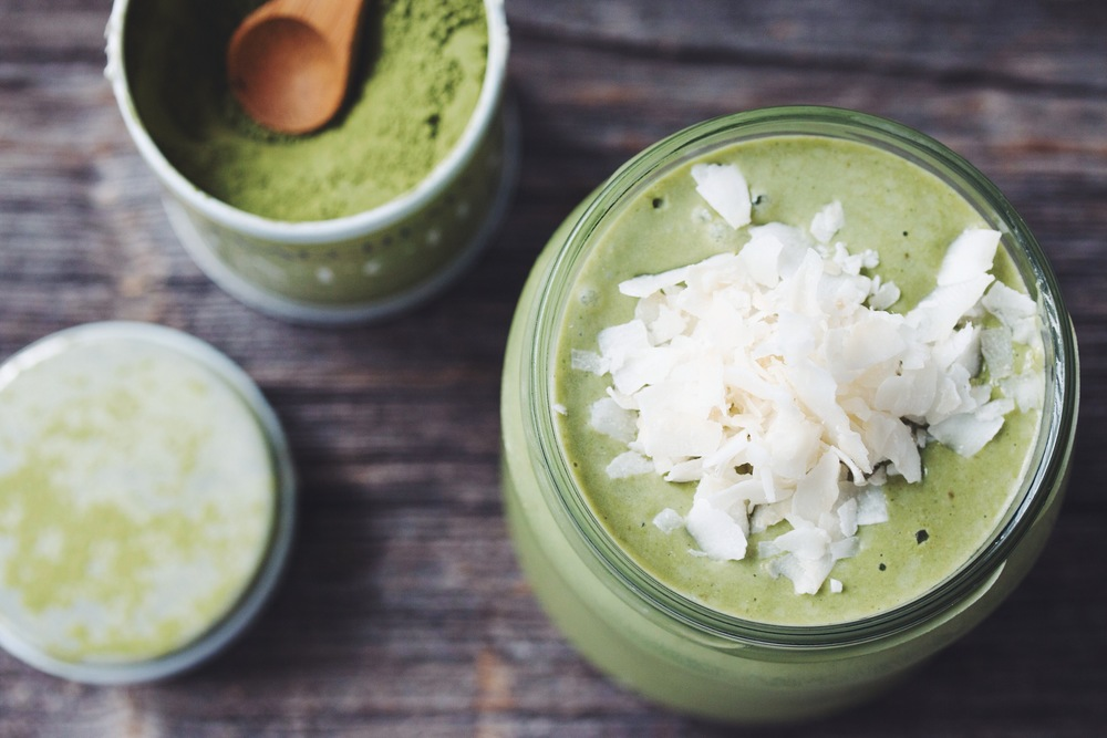 the coconut matcha smoothie | RECIPE on hotforfoodblog.com