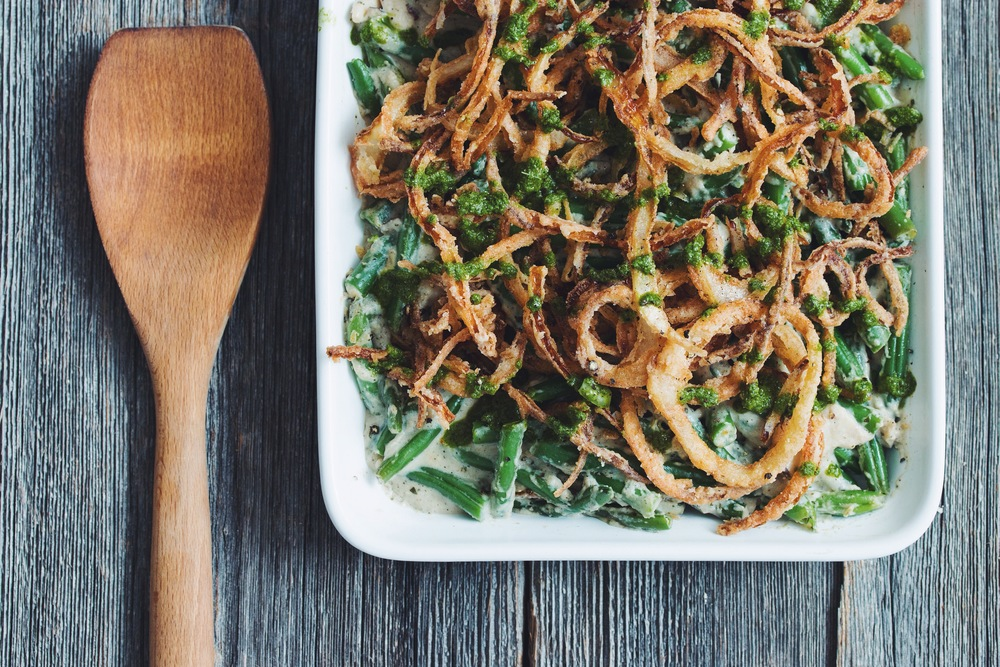 #vegan #glutenfree green bean casserole | RECIPE on hotforfoodblog.com