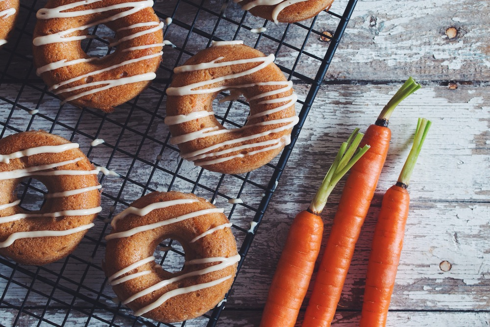 #vegan carrot cake doughnuts with lemon cream glaze | RECIPE on hotforfoodblog.com