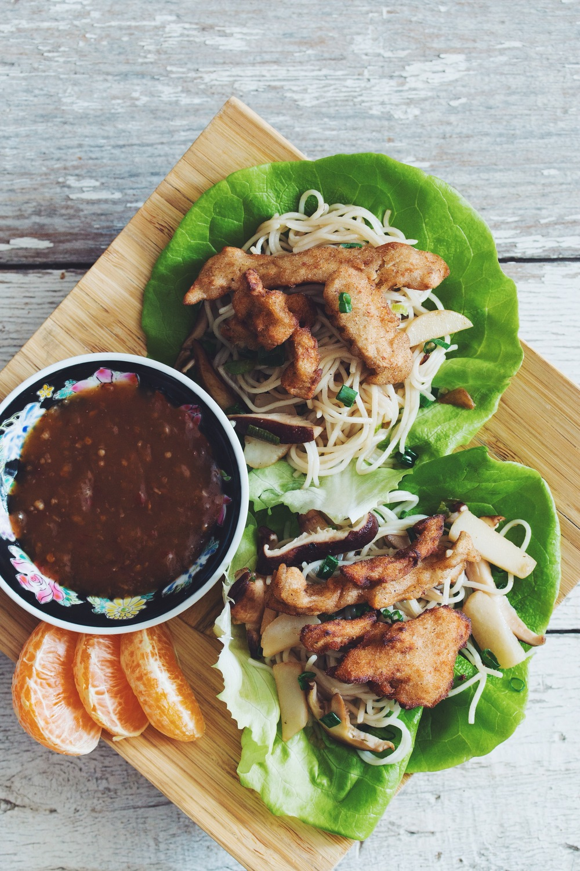 crispy tangerine chilli chik'un lettuce wraps #vegan #chinesenewyear | RECIPE on hotforfoodblog.com