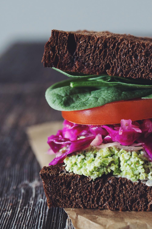 edamame mash sandwich #vegan | RECIPE on hotforfoodblog.com