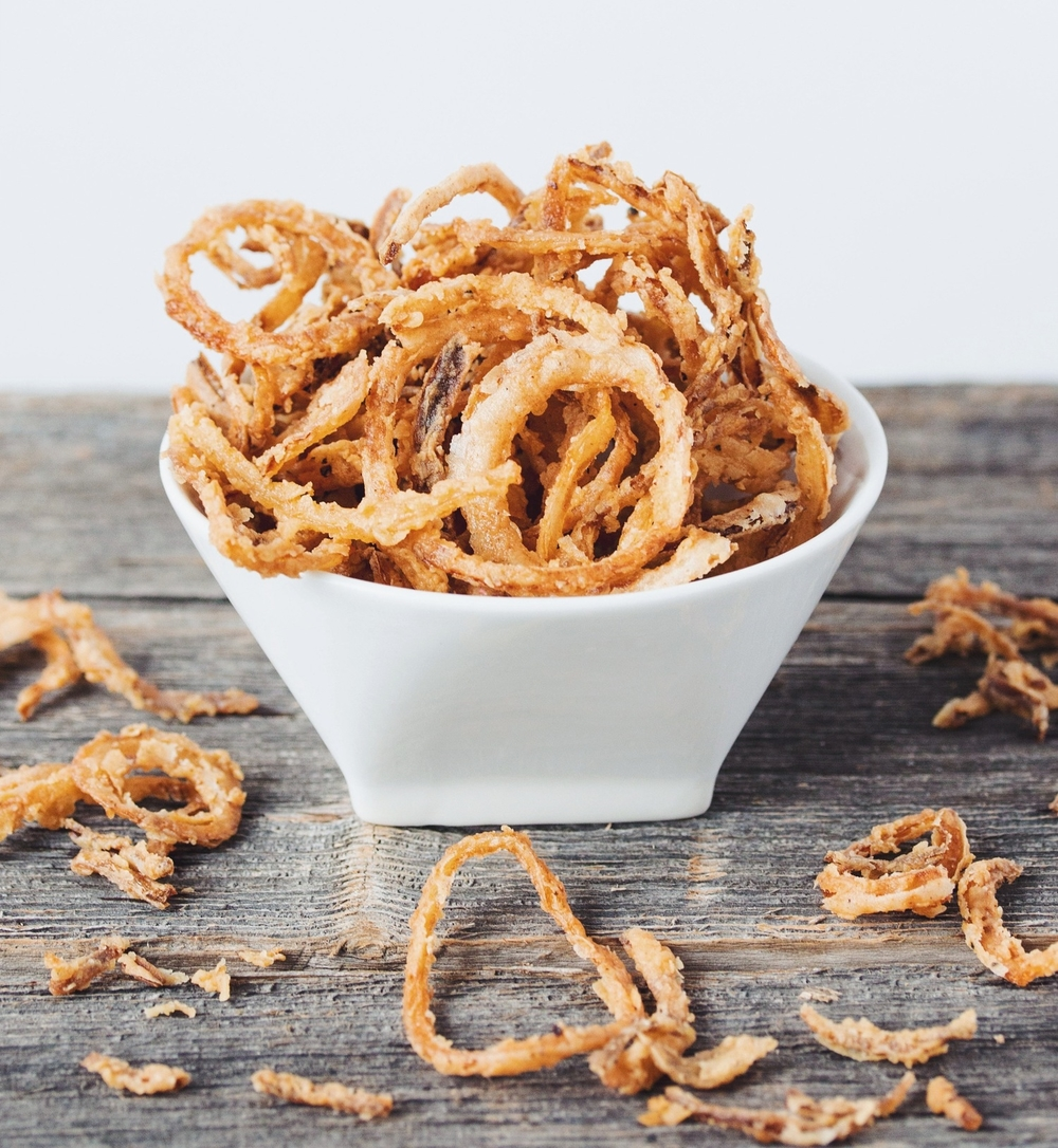crispy onion strings #vegan | RECIPE on hotforfoodblog.com