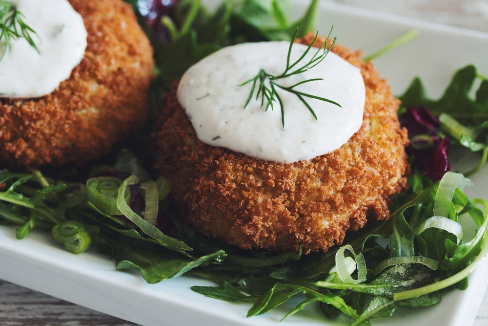 #vegan crabless cakes with horseradish dill tartar sauce | RECIPE on hotforfoodblog.com