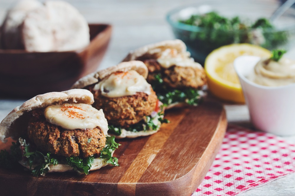baked falafel sliders with hemp tabbouleh & maple tahini sauce #vegan  | RECIPE on hotforfoodblog.com