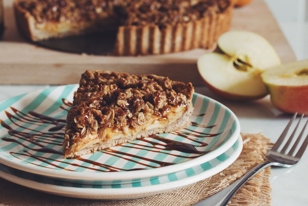 vegan salted caramel apple crumble tart | RECIPE on hotforfoodblog.com