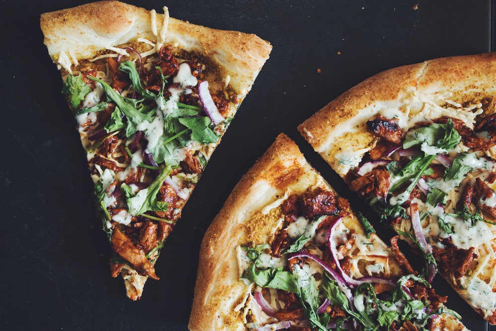 vegan bbq chik'un pizza with ranch | RECIPE on hotforfoodblog.com