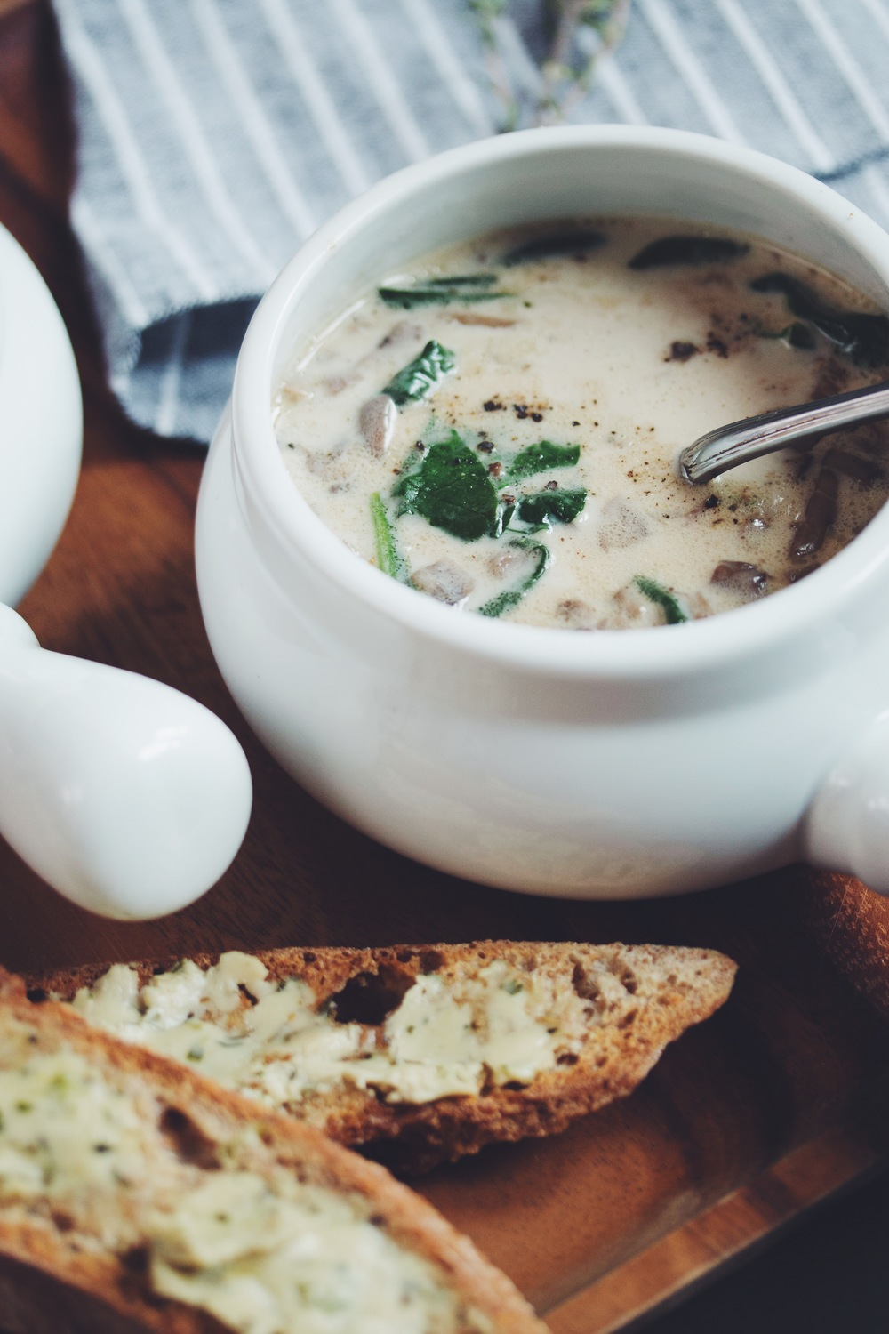 vegan cream of mushroom soup | RECIPE by hot for food