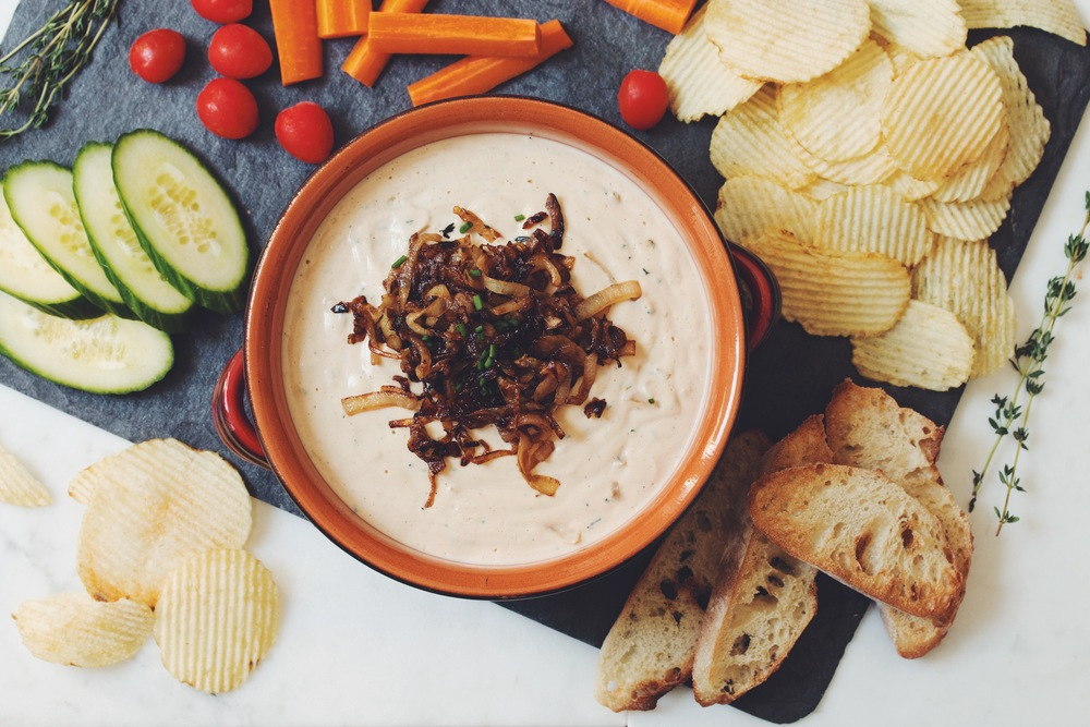 caramelized onion dip_hot for food