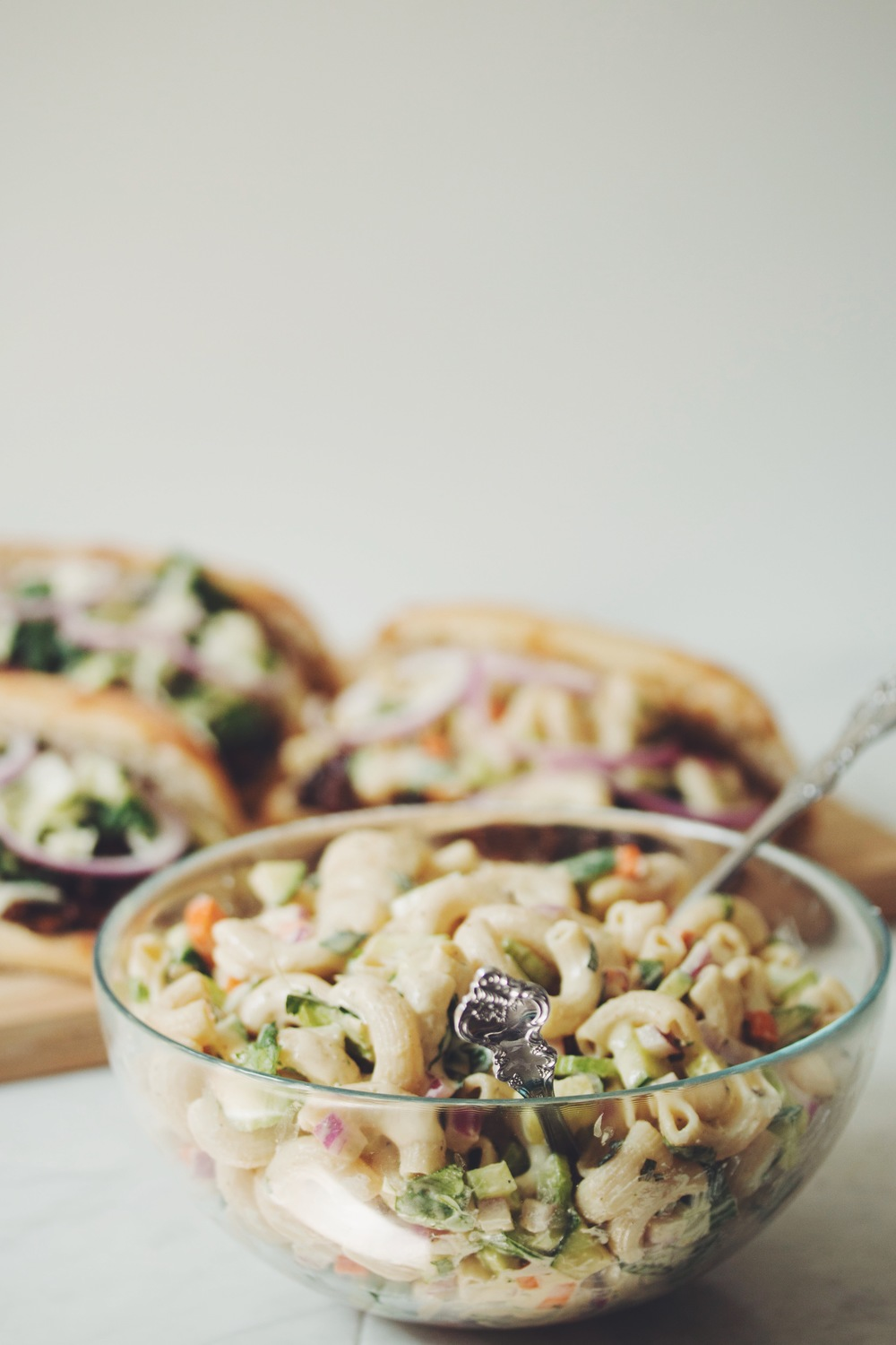 make the best vegan macaroni salad | RECIPE on hotforfoodblog.com