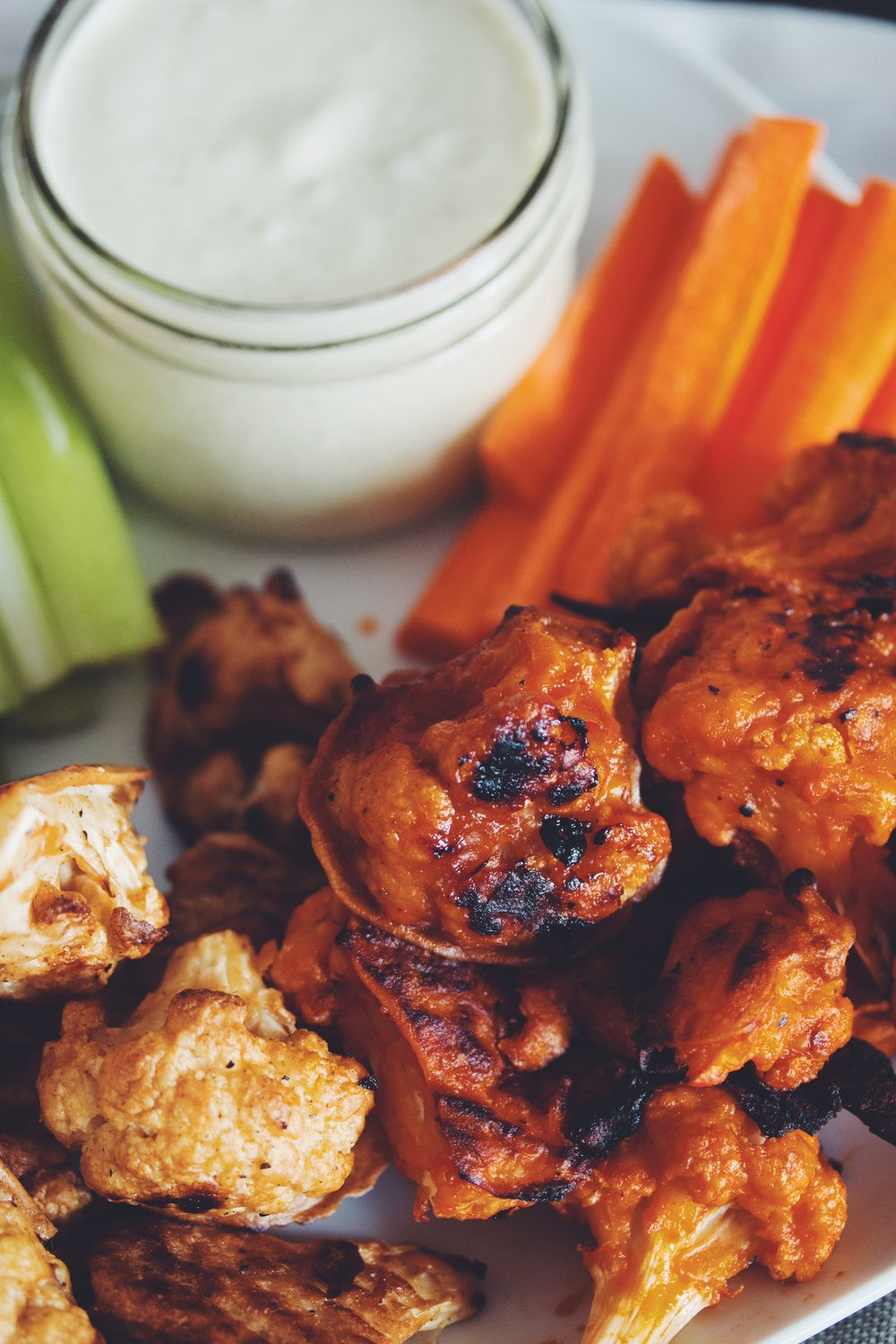 cauliflower buffalo wings_hot for food