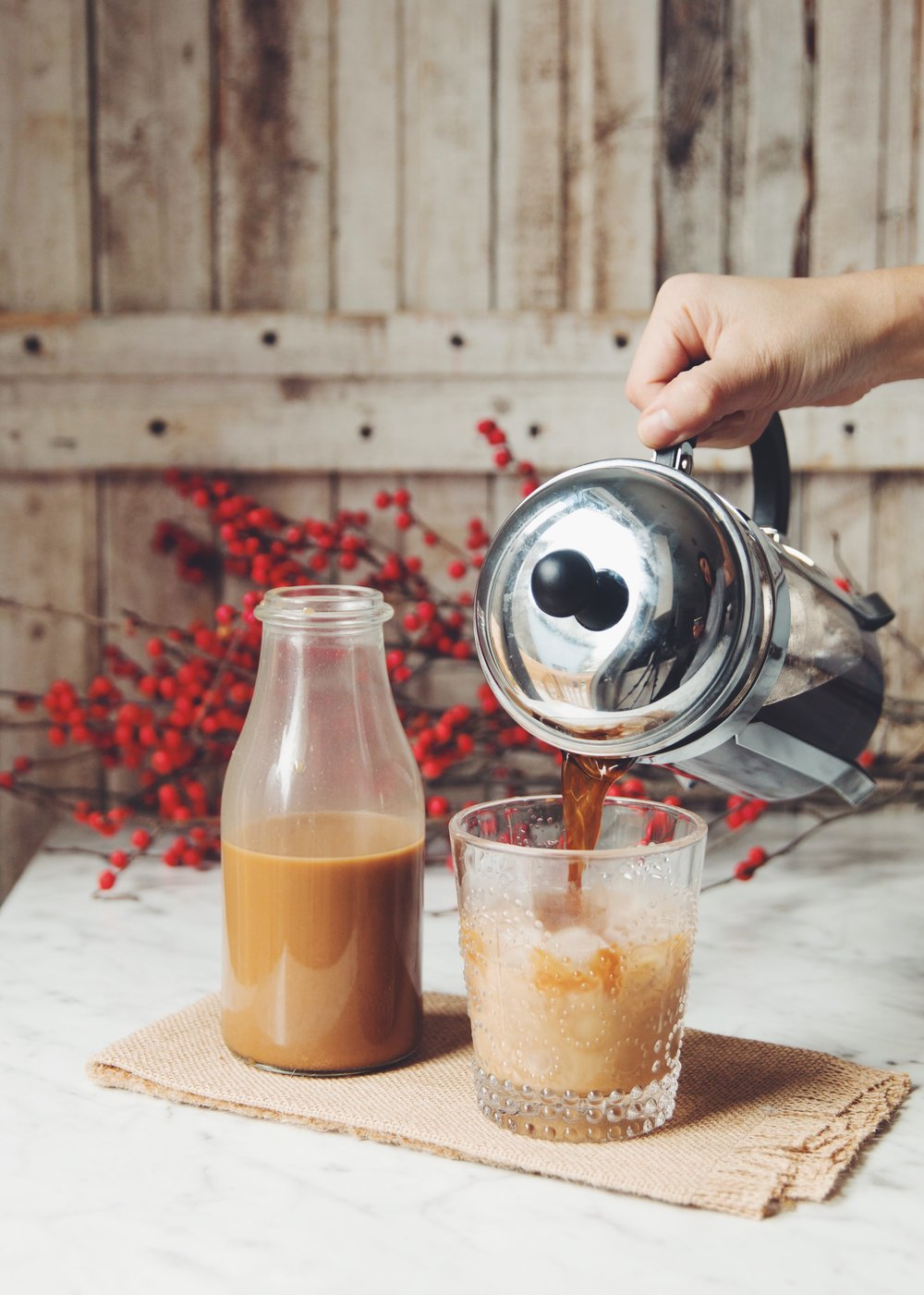 vegan baileys irish cream | RECIPE on hotforfoodblog.com