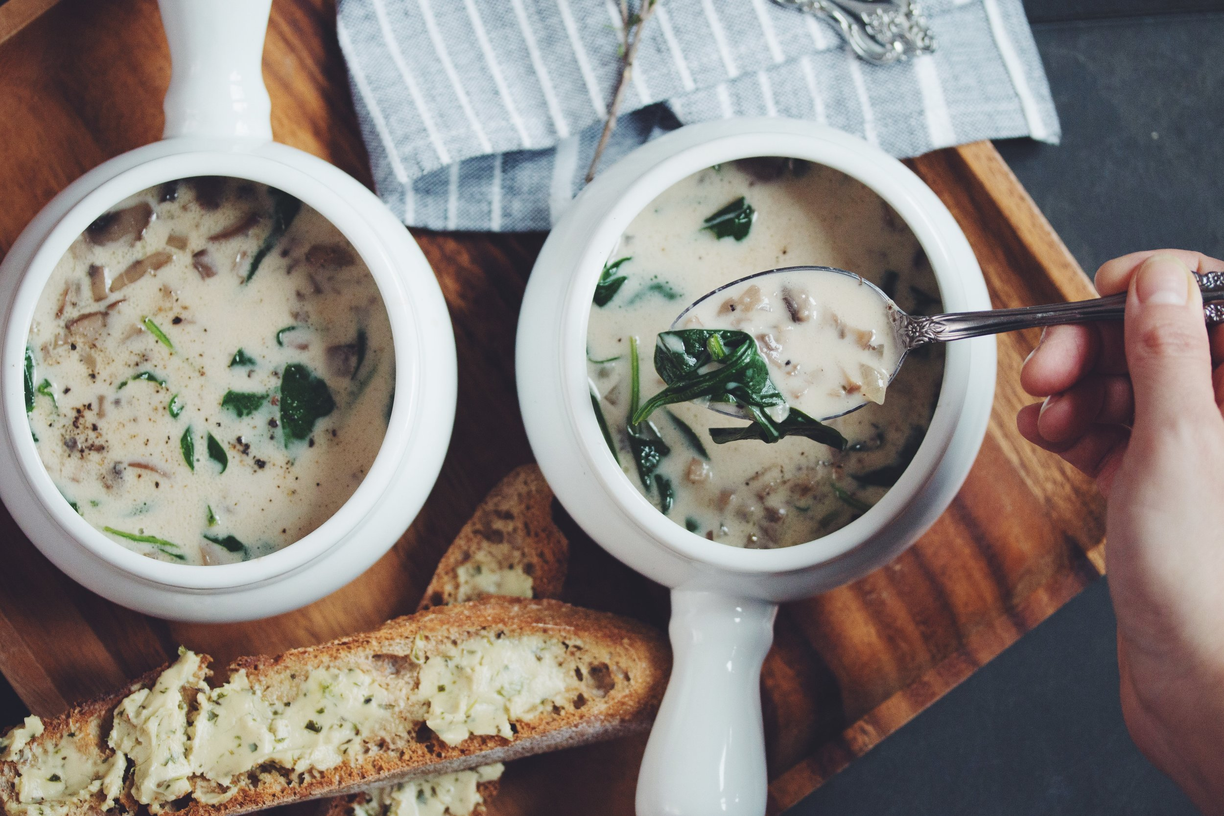 cream of mushroom soup - warm up with this super savory soup that's just like the classic!