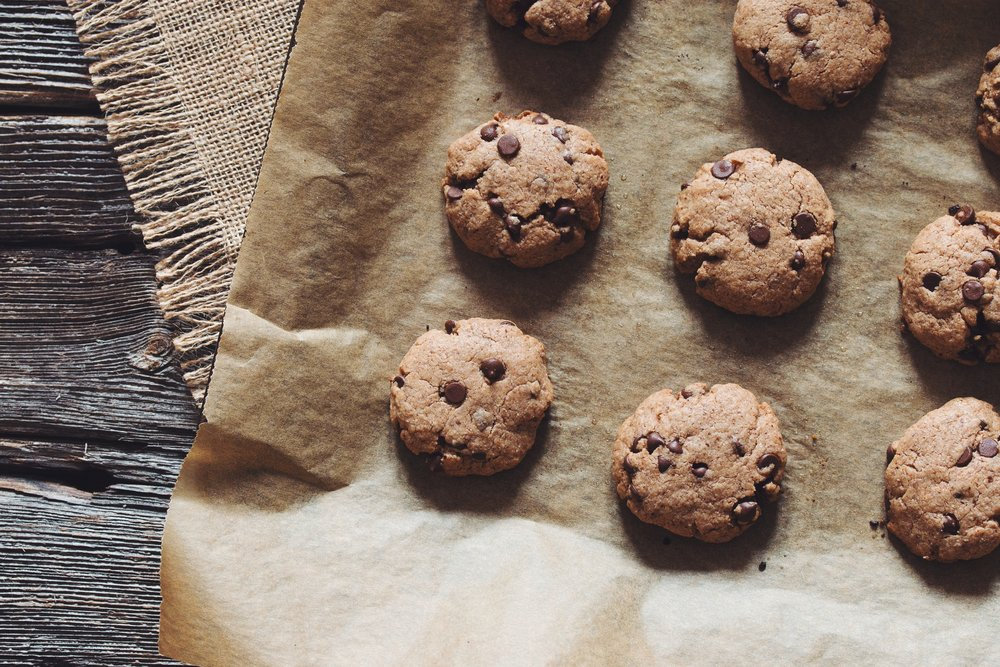 chocolate almond butter cookies  - with just a few ingredients these cookies will be your new go to!