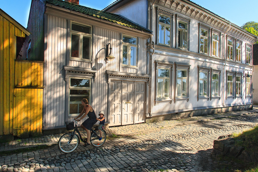 Idyllic Old Town    CYCLE    OVER     COBBLESTONES    READ MORE