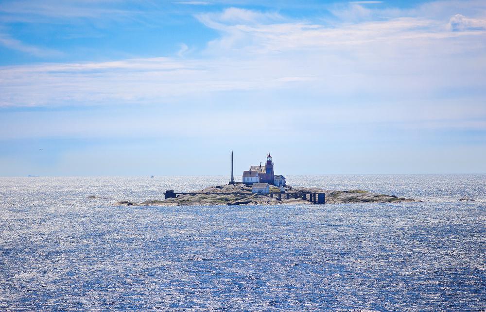 Torbjørnskjær lighthouseseen from north