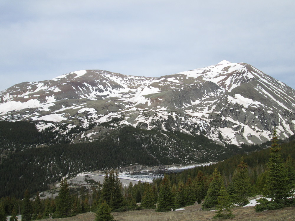 Snowcover on Mount Lincoln and Mount Bross, above Montgomery Reservoir, was characteristically patchy, reflecting the intense wind redistribution of snowcover in this locale.  Merged dust layers were emerging as the Memorial Day weekend snowfall was receding, again featuring the fawn-colored D8 layer.