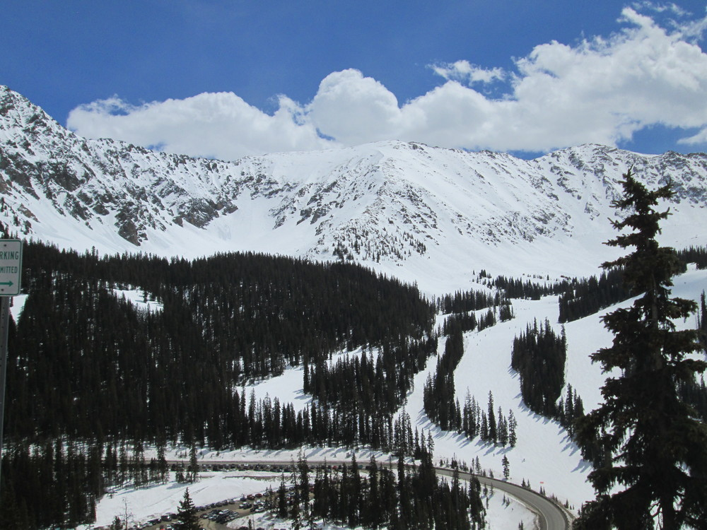 Looking south at the eastern edge of Arapahoe Basin Ski Area on April 22.  No dust observed on surrounding landscape.