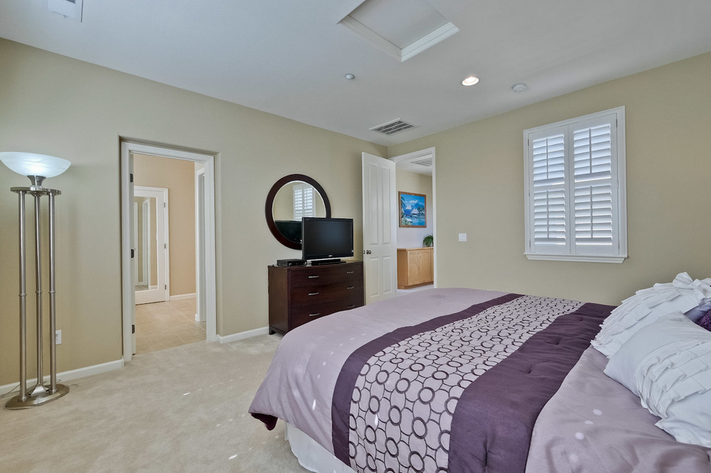 Master Bedroom      3_mls.jpg