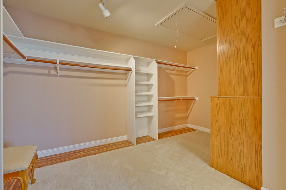 Master Bedroom Closet      2_mls.jpg