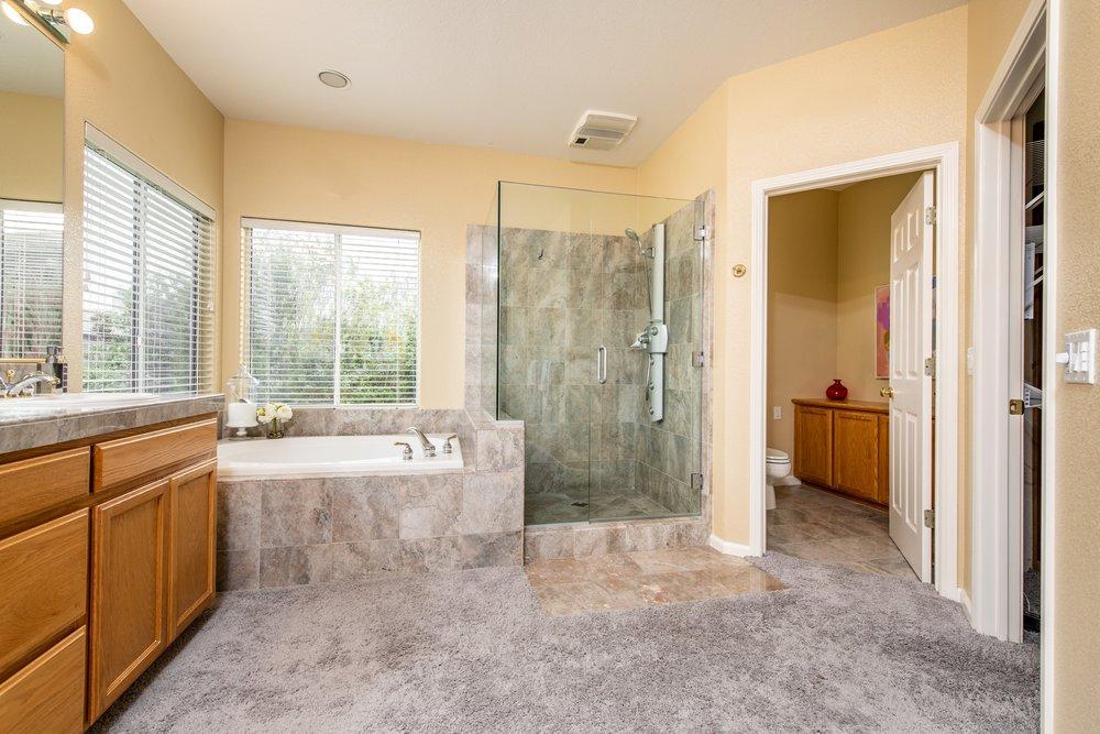 019_Master Bathroom .jpg