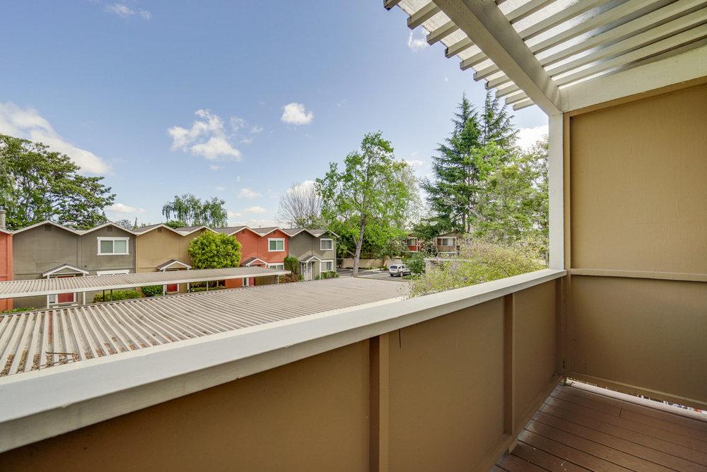 Balcony      1_mls.jpg