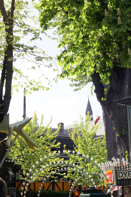 tivoli gardens, copenhagen | via: bekuh b.