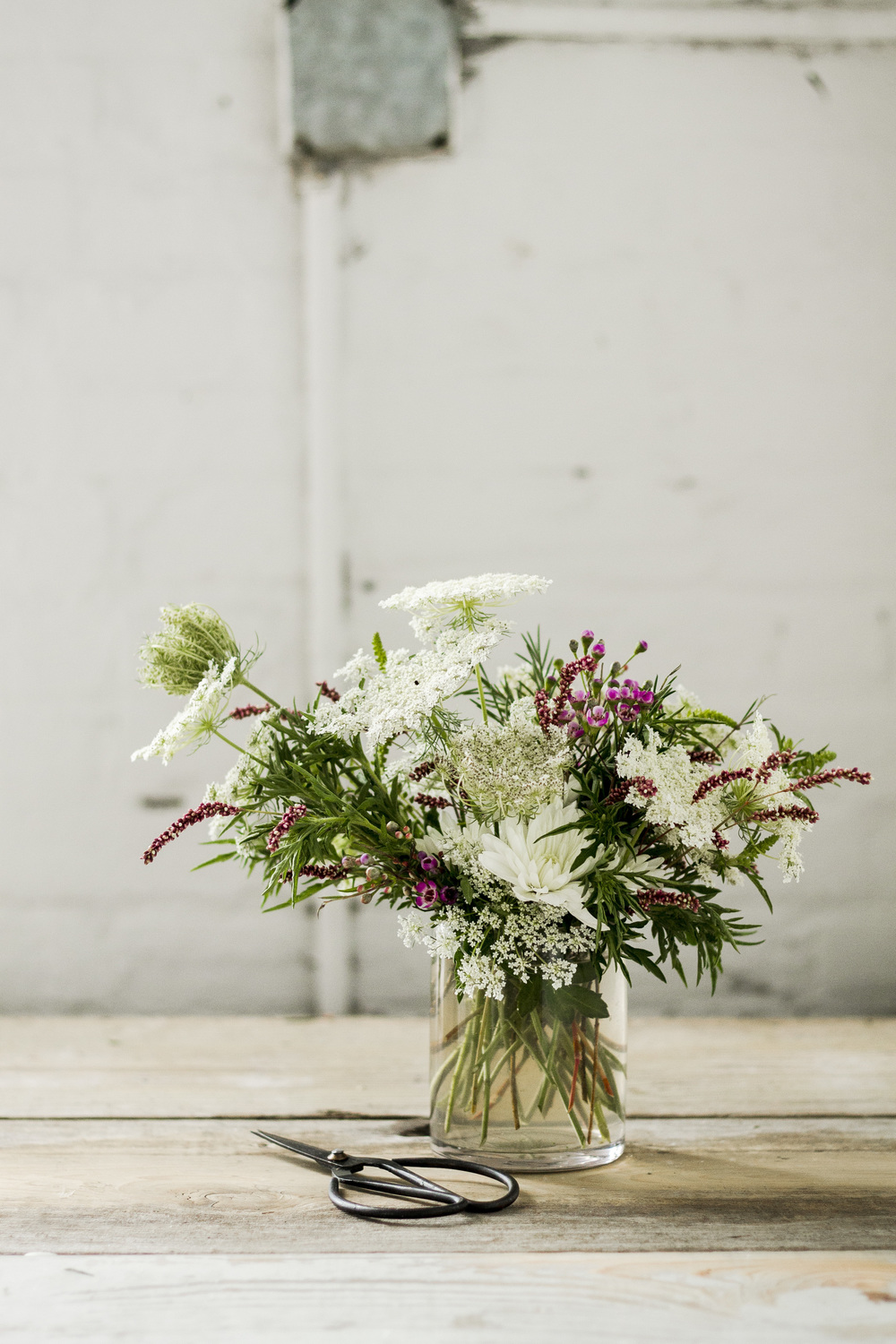 5 tips to keep flowers fresher longer | via: bekuh b.