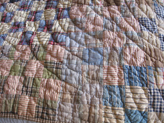 vintage quilt available on easy | image via: bekuh b.