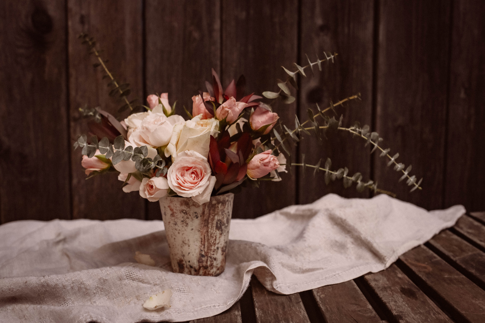 roses & eucalyptus | anatomy of a bouquet | image via: bekuh b.