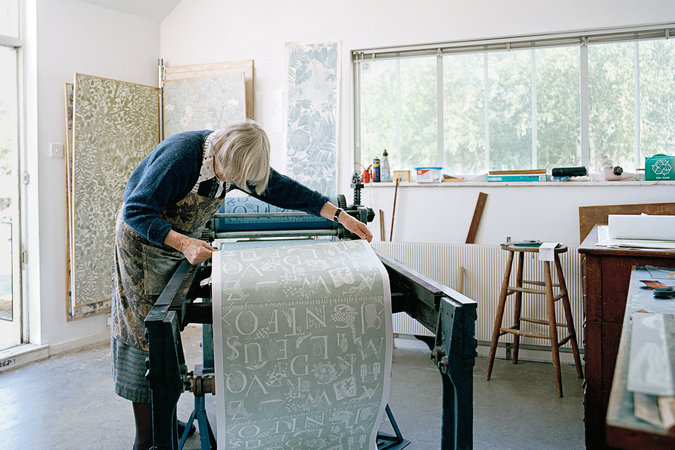 Marthe Armitage hand printed wallpaper designs | Nick Balloon photography | via: chatham st. house
