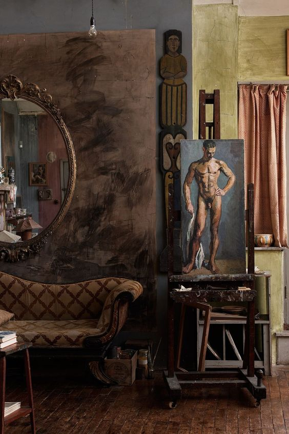 Charleston House studio in Sussex | the Bloomsbury Group | via: chatham st. house