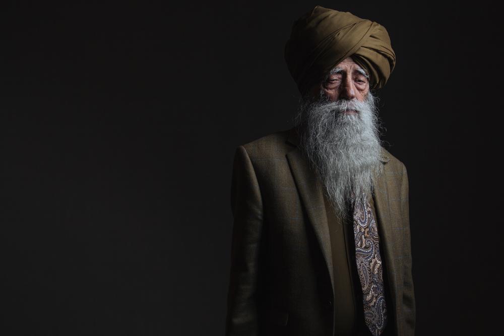 Fauja Singh Portrait standing