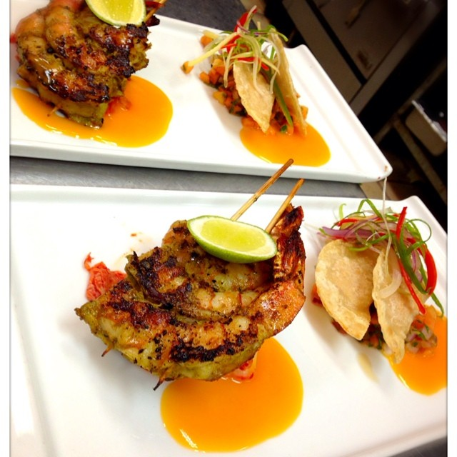 #revolutiondurham #revolution #durham #goodness #specials #feedme #foodie #goodness #papaya #ginger #shrimp