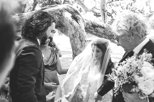 LaraHotzPhotography_Wedding_Sydney_Indie_Photography_sydney_wedding_photographer_0833.jpg