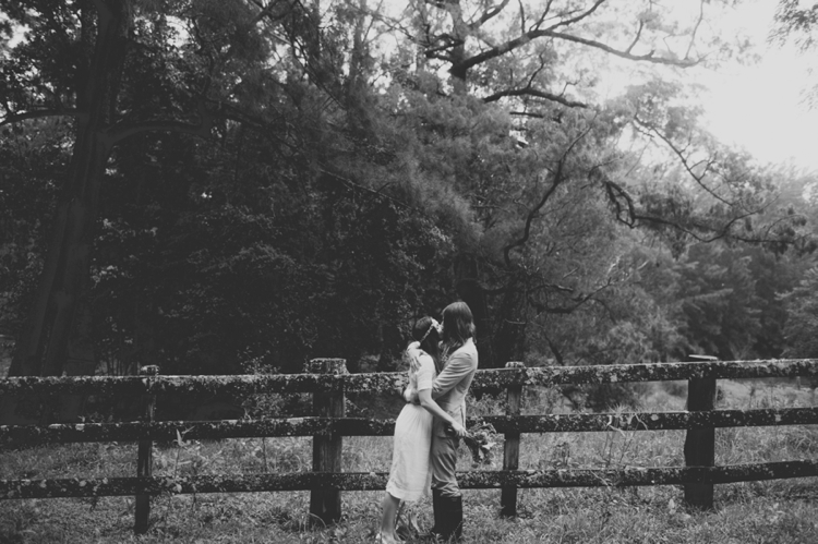 larahotzphotography_indie_wedding_kangeroo_valley_0082.jpg