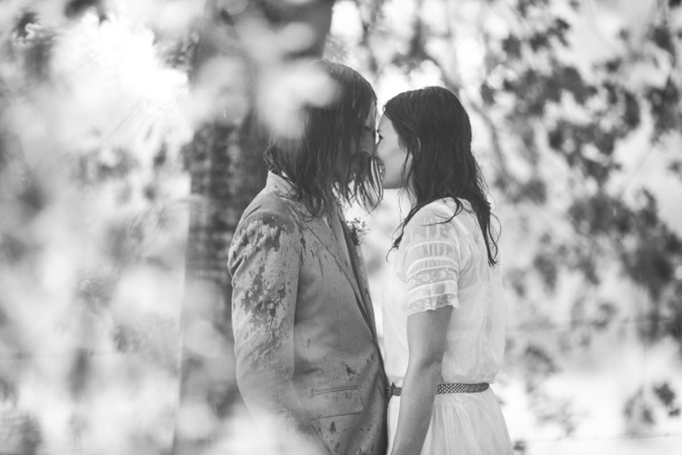 larahotzphotography_indie_wedding_kangeroo_valley_0126.jpg