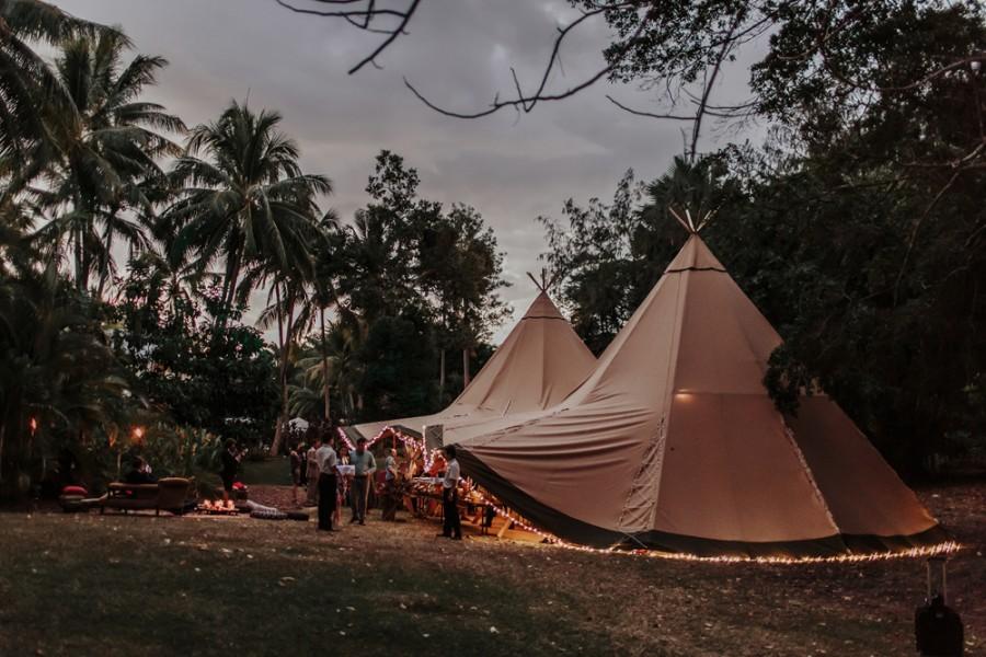 boho-tipi-wedding-sheraton-port-douglas-oli-sansom-33-900x0-c-default.jpg
